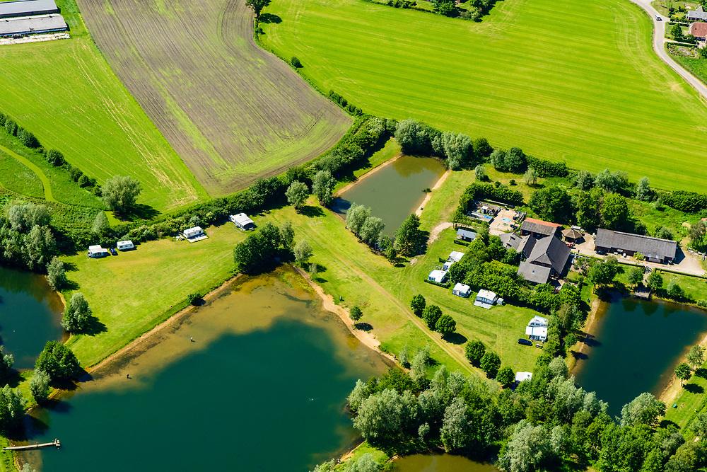 Nederland, Gelderland, Gemeente Oude IJsselstreek, 29-05-2019; Achterhoek, verkaveling en landelijk gebied, met verschillende visvijvers. Nabij Heelweg en Heelweg-Oost (nabij Varsseveld).<br /> Achterhoek, allotment and rural areas (east Netherlands, near border Germany).<br /> luchtfoto (toeslag op standard tarieven);<br /> aerial photo (additional fee required);<br /> copyright foto/photo Siebe Swart