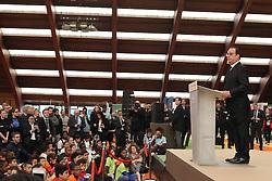 "29.03.2016, Paris, FRA, UEFA Euro, Hollande, 11 Tricolore, La France au rendez vous, im Bild der Staatspräsident der Französischen Republik Francois Hollande // during a visit at the INSEP or French National Institute of Sport and Physical Education, as part of the event ""11 Tricolore, La France au rendez- vous"" in Paris, France on 2016/03/29. EXPA Pictures © 2016, PhotoCredit: EXPA/ Pressesports/ Laurent Argueyrolles<br /> <br /> *****ATTENTION - for AUT, SLO, CRO, SRB, BIH, MAZ, POL only*****"