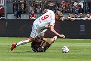 FUSSBALL: 2. Bundesliga, FC St. Pauli . 1. FC Koeln 3:5 Hamburg, 02.09.2018<br /> Simon Terodde (Koeln, l.) - Philipp Ziereis (Pauli)<br /> © Torsten Helmke