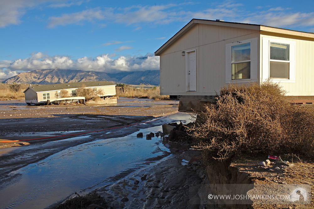 Red Cross disaster assessment teams in Beaver Dam, AZ on December 23rd, 2010 after the flooding the occurred over the previous days.