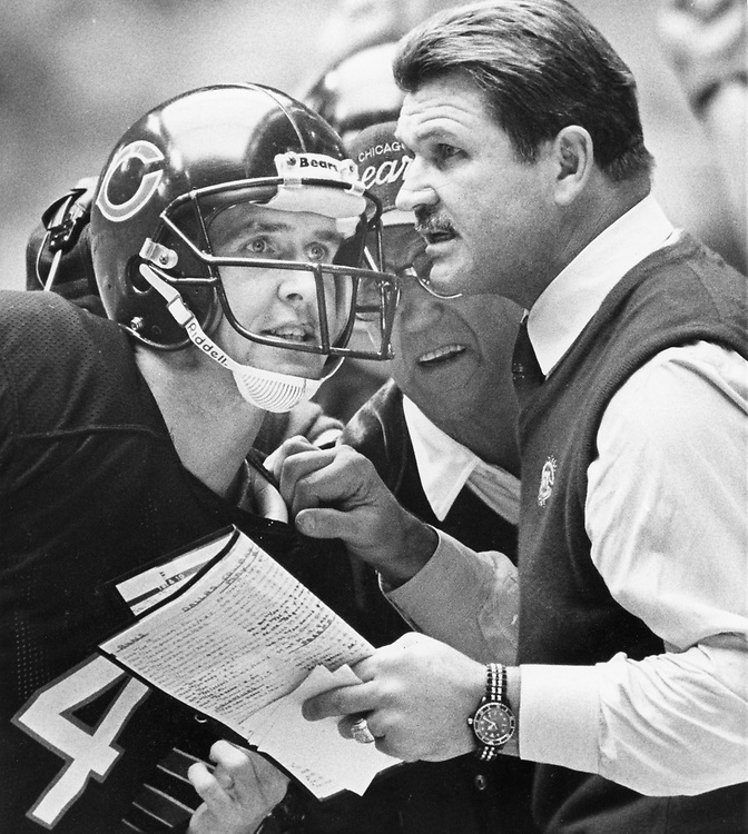 ©1985 Chicago Bears Coach Mike Ditka, r, on the sidelines against the Dallas Cowboys