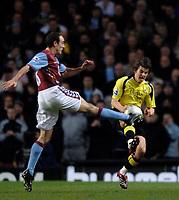 Photo: Glyn Thomas.<br />Aston Villa v Manchester City. The FA Cup. 19/02/2006.<br /> Villa's Gavin McCann (L) battles for the ball with Joey Barton.