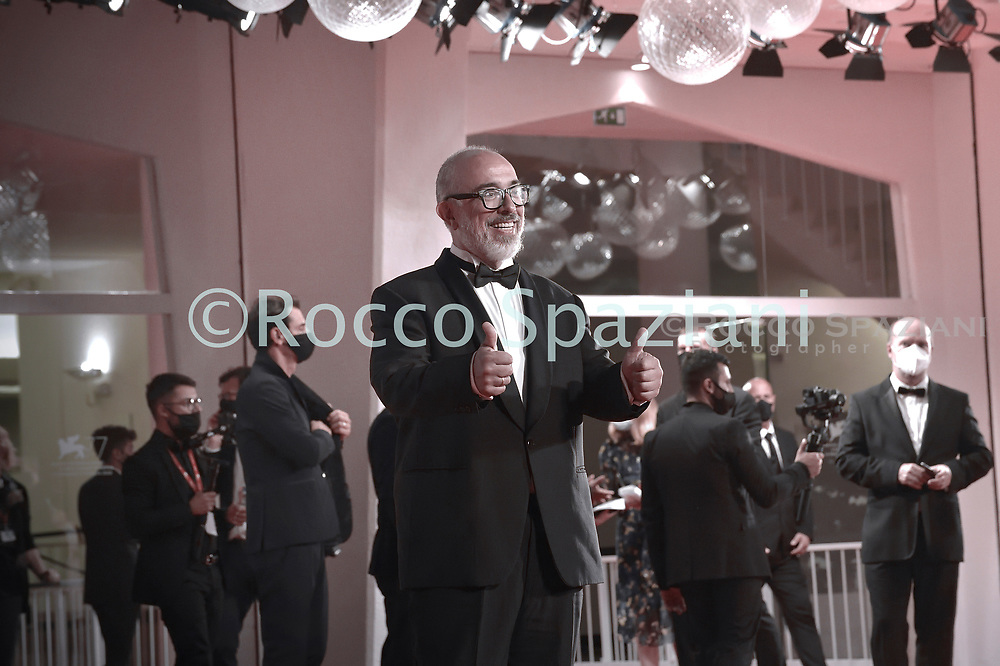 """VENICE, ITALY - SEPTEMBER 11: Álex de la Iglesia  walks the red carpet ahead of the movie """"30 Monedas"""" (30 Coins) - Episode 1 at the 77th Venice Film Festival on September 11, 2020 in Venice, Italy. <br /> (Photo by Rocco Spaziani)"""