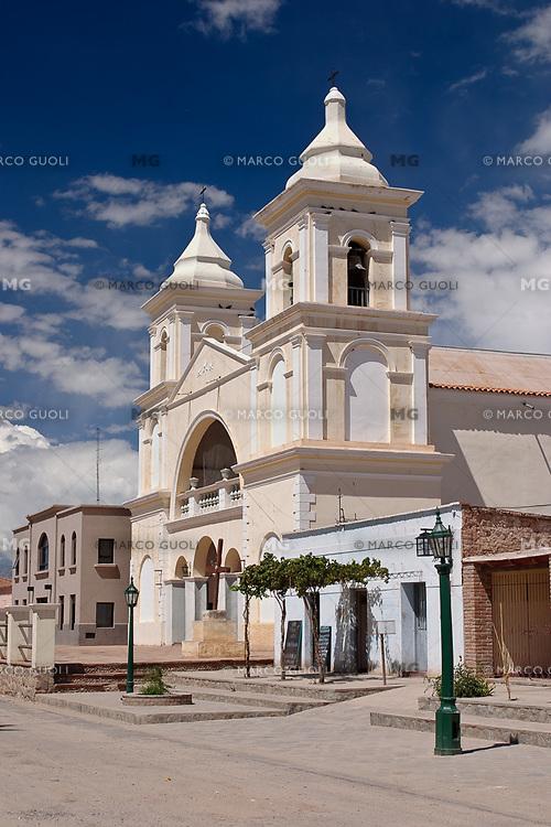 IGLESIA DE SAN CARLOS BORROMEO, SAN CARLOS, VALLES CALCHAQUIES, PROV. DE SALTA, ARGENTINA