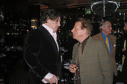 Marco Pierre White and Nicky Haslam. Conservative Marco Pierre White. fund raising dinner hosted  by Marco Pierre White and Franki Dettori at  Frankie's. Knightsbridge. 17 January 2004. ONE TIME USE ONLY - DO NOT ARCHIVE  © Copyright Photograph by Dafydd Jones 66 Stockwell Park Rd. London SW9 0DA Tel 020 7733 0108 www.dafjones.com