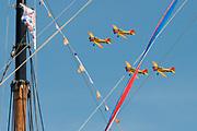 Koningsdag in Dordrecht / Kingsday in Dordrecht<br /> <br /> Op de foto / On the photo: <br /> <br />  Fly-over