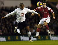 Photo: Olly Greenwood.<br />Tottenham Hotspur v Charlton Athletic. The Barclays Premiership. 09/12/2006. Charlton's Andy Reid and Tottenham's Tom Huddlestone