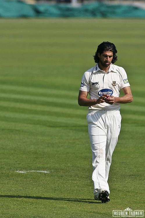 ©Reuben Tabner. 20/04/2011...Durham CCC v Sussex CCC.LV= County Championship..Sussex bowler Amjad Kahn...Photo credit should read Reuben Tabner