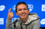 Simona Halep of Romania talks to the media after winning her semi-final of the 2018 Western and Southern Open WTA Premier 5 tennis tournament, Cincinnati, Ohio, USA, on August 18th 2018, Photo Rob Prange / SpainProSportsImages / DPPI / ProSportsImages / DPPI