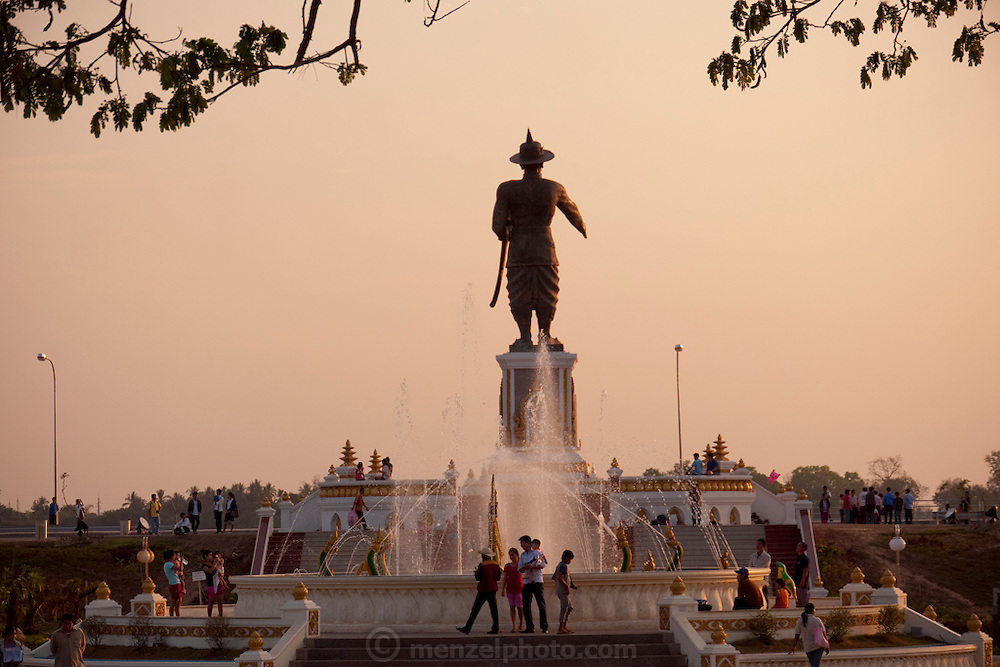 Vientiane, Laos. New statue of Chao Anouvong, the last king of the Vientiane monarchy.