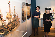 """Prinses Beatrix is in Het Scheepvaartmuseum in Amsterdam aanwezig bij het Museumsymposium ter gelegenheid van het 100-jarig bestaan van de Vereeniging Nederlandsch Historisch Scheepvaart Museum. Tijdens het symposium wordt ingegaan op de betekenis van maritieme collecties in het heden en in de toekomst. Na afloop wordt Prinses Beatrix door mevrouw drs. S.A. Bosmans, conservator, rondgeleid over de tentoonstelling 'Drijfveer   100 jaar verzamelen' waar de verzamelgeschiedenis van Het Scheepvaartmuseum en verschillende objecten worden getoond. <br /> <br /> Princess Beatrix in the Maritime Museum in Amsterdam available at the Museum Symposium on the occasion of the 100th anniversary of the Dutch Historical Society Maritime Museum. The symposium will highlight the significance of maritime collections in the present and in the future. Afterwards the Princess by Ms. S.A. Bosmans, curator, guided around the exhibition 'Dynamic   100 years of collecting """"where the collective history of the Maritime Museum and various objects are displayed."""