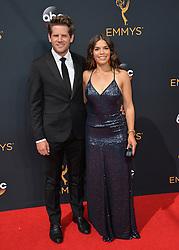 America Ferrera & Ryan Piers Williams bei der Verleihung der 68. Primetime Emmy Awards in Los Angeles / 180916<br /> <br /> *** 68th Primetime Emmy Awards in Los Angeles, California on September 18th, 2016***