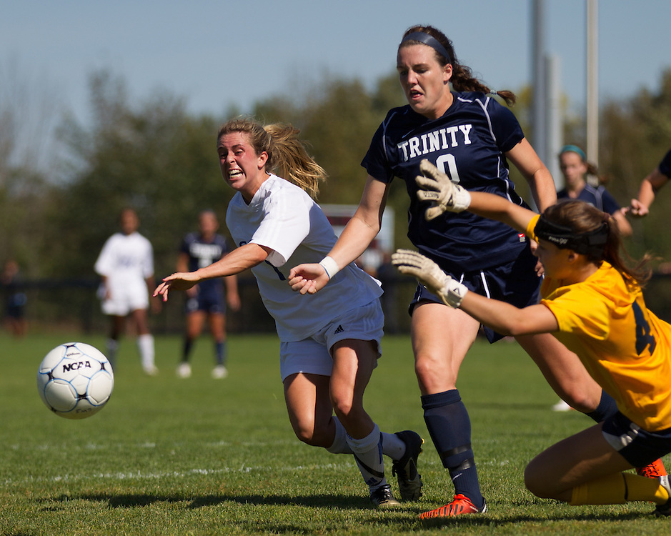 Annie Papadellis, of Colby College, in a NCAA Division III soccer game on September 21, 2013 in Waterville, ME. (Dustin Satloff/Colby College Athletics)