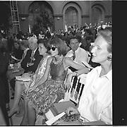 Anna Wintour, Paris couture shows. 1991