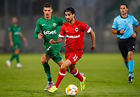 RAZGRAD, BULGARIA - OCTOBER 22: Lior Rafaelov of Antwerp comes forward on the ball during the UEFA Europa League Group J stage match between PFC Ludogorets Razgrad and Royal Antwerp at Ludogorets Arena on October 22, 2020 in Razgrad, Bulgaria. (Photo by Nikola Krstic/MB Media)