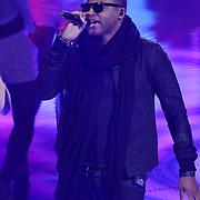 NLD/Hilversum/20120120 - Finale the Voice of Holland 2012, optreden Taio Cruz