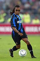Bari 3/8/2004 Trofeo Birra Moretti - Juventus Inter Palermo. <br /> <br /> Edgard Davids Inter<br /> <br /> Risultati / results (gare da 45 min. each game 45 min.) <br /> <br /> Juventus - Inter 1-0 Palermo - Inter 2-1 Juventus b. Palermo dopo/after shoot out <br /> <br /> Photo Andrea Staccioli