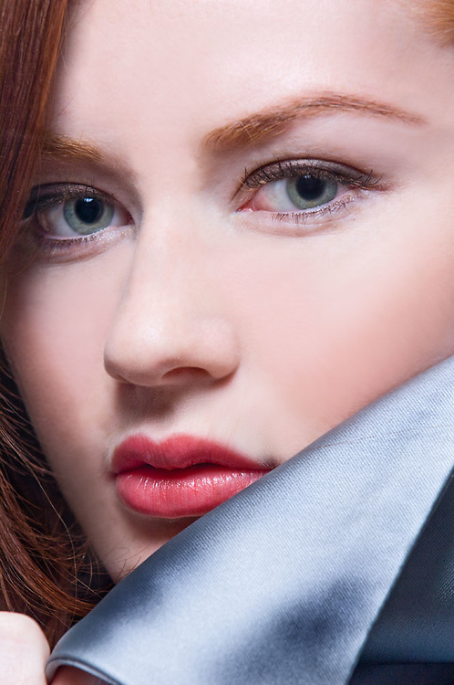Beauty shot of Elise