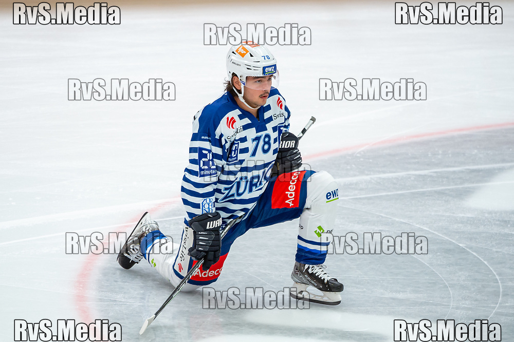 LAUSANNE, SWITZERLAND - OCTOBER 01: Kyen Sopa #78 of ZSC Lions warms up prior the Swiss National League game between Lausanne HC and ZSC Lions at Vaudoise Arena on October 1, 2021 in Lausanne, Switzerland. (Photo by Robert Hradil/RvS.Media)