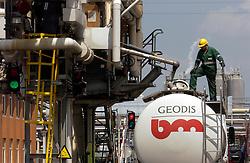 JEMEPPE, BELGIUM Ð JUNE 6, 2003 - Solvay Chemical plant. (PHOTO © JOCK FISTICK)..Industry - pollution - hazardous materials