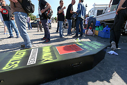 June 19, 2017 - Paris, France - A coffin brought by protesters during a demonstration called by the collective ''Front Social'' against French President's decrees on June 19, 2017 at the Concorde square in Paris. ..The coffin reads '' Labour Code 1910 - 2017. No to ordinances' (Credit Image: © Michel Stoupak/NurPhoto via ZUMA Press)
