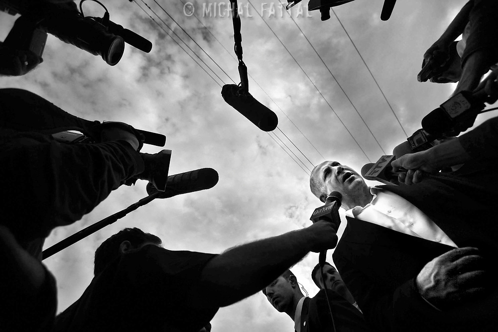 Benjamin Netanyahu talks talk to the press after a tour in Sderot during Cast Lead Operation. December 2008.