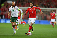Hal Robson-Kanu of Wales breaks away from David Meyler of Republic of Ireland. Wales v Rep of Ireland , FIFA World Cup qualifier , European group D match at the Cardiff city Stadium in Cardiff , South Wales on Monday 9th October 2017. pic by Andrew Orchard, Andrew Orchard sports photography