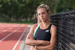 Elle Purrier runs 4:01 1500 meter intrasquad time trial at Wellesley HS track