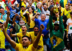 June 22, 2018 - SãO Paulo, Brazil - SÃO PAULO, SP - 22.06.2018: TORCIDA DO BRASIL NO ANHANGABAÚ - Fans in the Anhangabaú Valley in the central region of the city celebrate the Brazilian team&# goal durinuring the match between Brazil and Costa Rica for the first phase of the 2018 World Cn Russia on  on Friday. (Credit Image: © Aloisio Mauricio/Fotoarena via ZUMA Press)