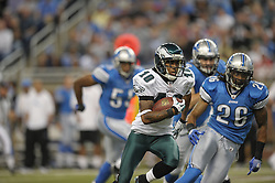 DETROIT - SEPTEMBER 19: Wide Receiver DeSean Jackson #10 of the Philadelphia Eagles runs for a touchdown after a reception during the game against the Detroit Lions on September 19, 2010 at Ford Field in Detroit, Michigan. The Eagles won 35-32. (Photo by Drew Hallowell/Getty Images)  *** Local Caption *** DeSean Jackson