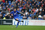 Lee Tomlin of Cardiff city in action.EFL Skybet championship match, Cardiff city v Derby County at the Cardiff city stadium in Cardiff, South Wales on Saturday 30th September 2017.<br /> pic by Andrew Orchard, Andrew Orchard sports photography.
