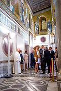 Staatsbezoek van Koning en Koningin aan de Republiek Italie - dag 2 - Palermo /// State visit of King and Queen to the Republic of Italy - Day 2 - Palermo<br /> <br /> Op de foto / On the photo: <br />  Koning Willem-Alexander en koningin Maxima hebben een ontmoeting met de Voorzitter Siciliaans Parlement en brengen een bezoek aan Cappella Palatina in het Palazzo Reale<br /> <br /> King Willem-Alexander and Queen Maxima meet with the President Sicilian Parliament and visit Cappella Palatina in the Palazzo Reale