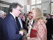 Andrew Barrow, Nicky Haslam and Princess Michael of Kent, 1812 Napoleon's Fatal March on Moscow by Adam Zamoyski book launch. Avenue Studios. Fulham Rd. 5 April 2004. ONE TIME USE ONLY - DO NOT ARCHIVE  © Copyright Photograph by Dafydd Jones 66 Stockwell Park Rd. London SW9 0DA Tel 020 7733 0108 www.dafjones.com