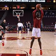 USC Men's Basketball | 2017 | CAL | LR