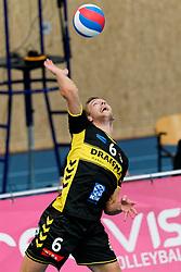 26-10-2019 NED: Talentteam Papendal - Draisma Dynamo, Ede<br /> Round 4 of Eredivisie volleyball - Nico Manenschijn #6 of Dynamo