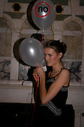 Charlotte Wheeler. No Campaign's Summer Party. A celebration of the 'Non' and 'Nee' votes in the European referendum in France and The Netherlands held at The Peacock House, 8 Addison Road, London. 5 July 2005. ONE TIME USE ONLY - DO NOT ARCHIVE  © Copyright Photograph by Dafydd Jones 66 Stockwell Park Rd. London SW9 0DA Tel 020 7733 0108 www.dafjones.com