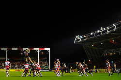 Harlequins Number 8 (#8) Nick Easter (capt) wins the lineout during the first half of the match - Photo mandatory by-line: Rogan Thomson/JMP - Tel: Mobile: 07966 386802 03/11/2012 - SPORT - RUGBY - Twickenham Stoop - London. Harlequins v Gloucester - Aviva Premiership