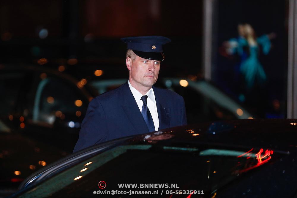 NLD/Utrecht/20130201 - Vertrek 75ste verjaardagfeest  Koninging Beatrix, chauffeur