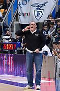 DESCRIZIONE : Bologna LNP A2 2015-16 Eternedile Bologna De Longhi Treviso<br /> GIOCATORE : Matteo Boniciolli<br /> CATEGORIA : Coach Fair Play Mani Direttive<br /> SQUADRA : Eternedile Bologna<br /> EVENTO : Campionato LNP A2 2015-2016<br /> GARA : Eternedile Bologna De Longhi Treviso<br /> DATA : 15/11/2015<br /> SPORT : Pallacanestro <br /> AUTORE : Agenzia Ciamillo-Castoria/A.Giberti<br /> Galleria : LNP A2 2015-2016<br /> Fotonotizia : Bologna LNP A2 2015-16 Eternedile Bologna De Longhi Treviso