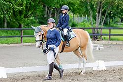 14.1, Pony-Führzügel-WB,Leck - Kreisjugendturnier 05. - 06.06.2021, Laura Schneidereit (GER), Lundens Gaston,