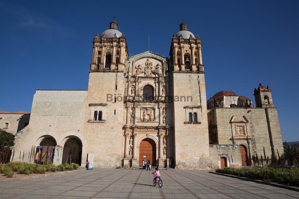 Oaxaca, Mexico - 07.01.2019<br /> <br /> Church of Santo Domingo de Guzman in Oaxaca, Mexico. <br /> <br /> Kirche von Santo Domingo de Guzman in der mexikanischen Stadt Oaxaca. <br /> <br /> Photo: Bjoern Kietzmann