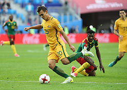 2017?6?23?.   ????????——?????????????????.    6?22?????????????????????????.    ??????????????2017????????B???????????1?1?????????.    ?????????..(SP)RUSSIA-ST. PETERSBURG-2017 FIFA CONFEDERATIONS CUP-CMR VS AUS..(170623) -- ST. PETERSBURG, June 23, 2017  Trent Sainsbury (L, front) shoots during the group B match between Cameroon and Australia of the 2017 FIFA Confederations Cup in St. Petersburg, Russia, on June 22, 2017. The match ended with a 1-1 tie.  7 9854294892 (Credit Image: © Xu Zijian/Xinhua via ZUMA Wire)