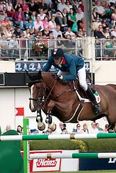Staut Kevin (FRA) - Reveur de Hurtebise<br /> Dublin Horse Show 2012<br /> © Hippo Foto - Beatrice Scudo