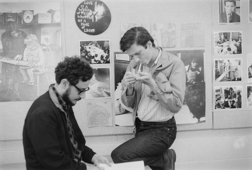 Antiwar activist Tom Hayden (right) with Cincinnati underground newspaper editor Alex Varone of The Independent Eye.