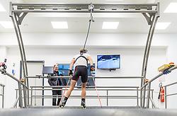 """02.11.2016, Biathlonarena, Hochilzen, AUT, IBU Weltmeisterschaft Biathlon, Hochfilzen, Pressekonferenz 100 Tage, im Bild Markus Gandler (Sportlicher Leiter Biathlon ÖSV) beim neuen Trainingslaufband // Markus Gandler (sports director biathlon ÖSV) at the new exercise treadmill during a Pressconference """"100 Days"""" in front of the IBU Biathlon World Championships 2017 at the Biathlonarena, Hochfilzen, Austria on 2016/11/02. EXPA Pictures © 2016, PhotoCredit: EXPA/ JFK"""