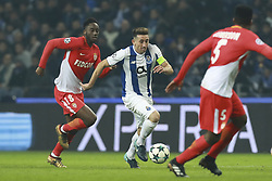 December 6, 2017 - Na - Porto, 06/12/2017 - Football Club of Porto received, this evening, AS Monaco FC in the match of the 6th Match of Group G, Champions League 2017/18, in Estádio do Dragão. Soualiho Meité; Herrera  (Credit Image: © Atlantico Press via ZUMA Wire)