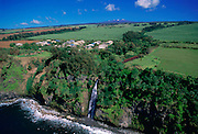 Waterfall, Hamakua Coast, Island of Hawaii, Hawaii, USA<br />