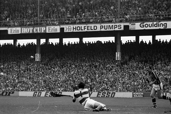 All Ireland Hurling Final - Cork vs Kilkenny.05.09.1982.09.05.1982.5th September 1982.Photographs taken of Ger Cunningham as he clears another Kilkenny attack.