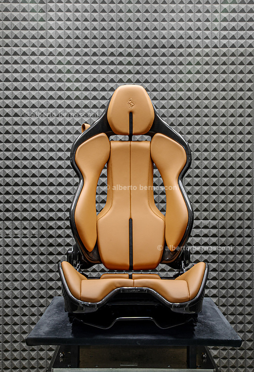 car seats for Ferrari by Sabelt