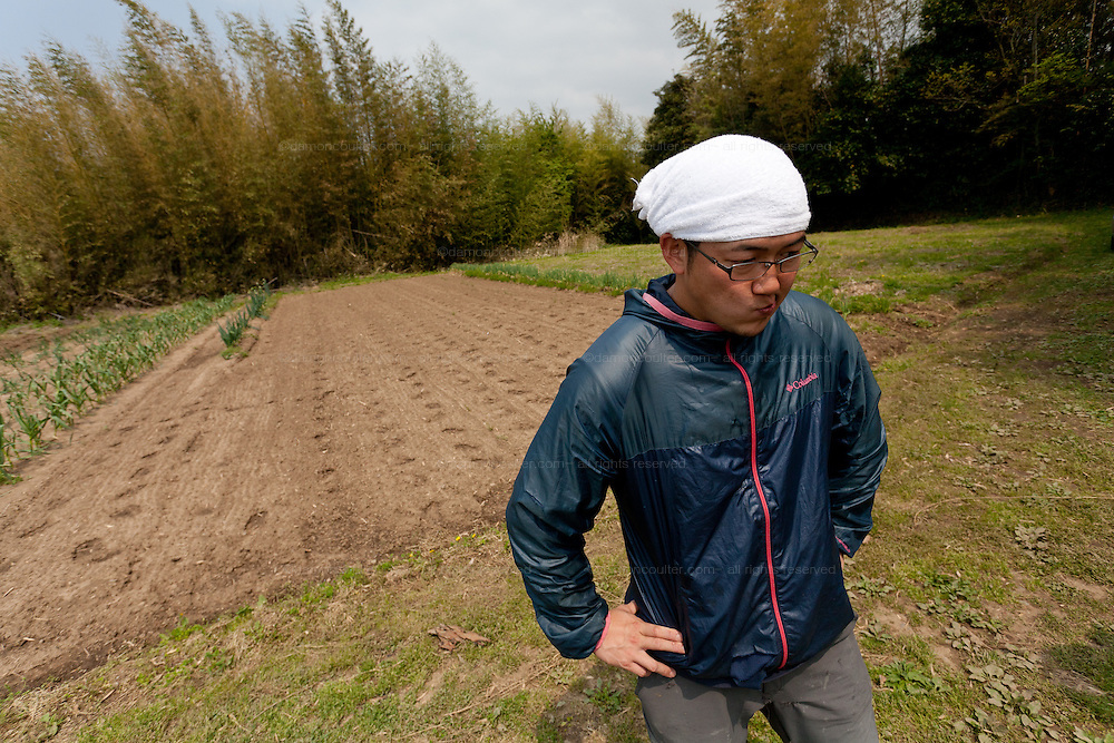 Seiji Kanari the leader of the Arigato Farm project, Ogawa Machi, Iwaki, Fukushima, Japan. Sunday May 6th 2012